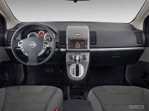 nissan sentra interior 2010 2010 nissan sentra pictures dashboard u s news world