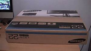 """Samsung Series 5 22"""" LED TV Unboxing - YouTube"""
