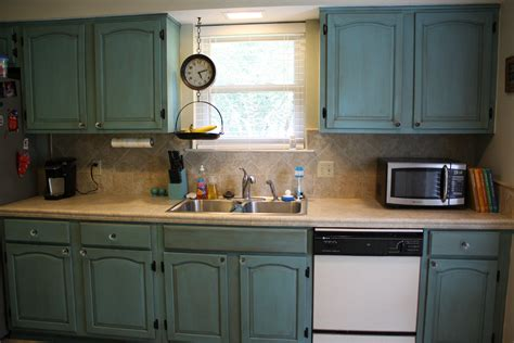 Cabinet Painting by Painting Kitchen Cabinets With Sloan Chalk Paint