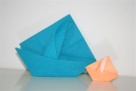 pliage de serviette bateau en papier sedgu
