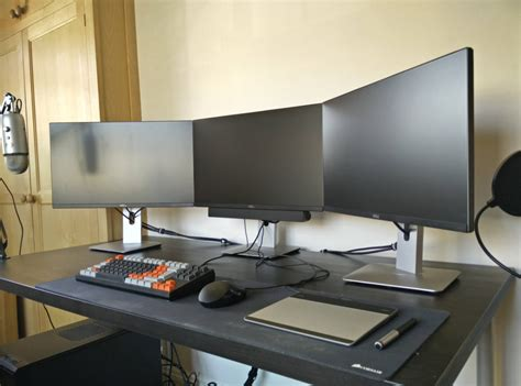 multi monitor gaming desk all in black gaming computer desk setup with triple