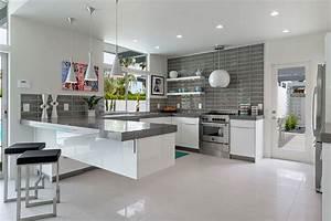 Isola o penisola? In cucina serve lo spazio giusto per creare i piatti migliori Mondo Abitare