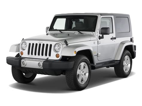 sahara jeep 2 door image 2010 jeep wrangler 4wd 2 door sahara angular front