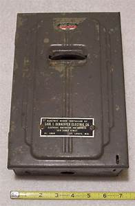Vintage 1941 Cutler Hammer 30 Amp Electrical Fuse Box  Box