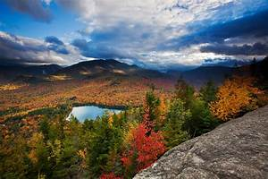 Best Destinations For Fall Foliage Around The World