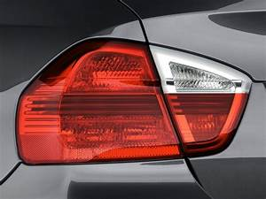 Image: 2008 BMW 3-Series 4-door Sedan 335i RWD Tail Light