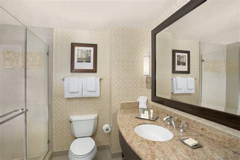 orlando resort guest room  hilton orlando bonnet