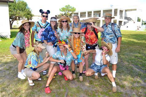 Tacky Tourist Day Ideas