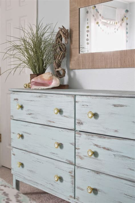 coastal shabby chic furniture 25 best ideas about beach theme bedrooms on pinterest beach themed rooms beach themes and