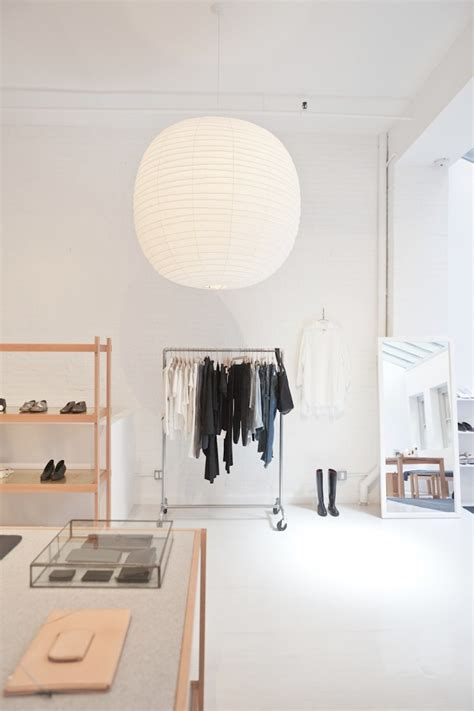 object lessons noguchis iconic akari lights remodelista