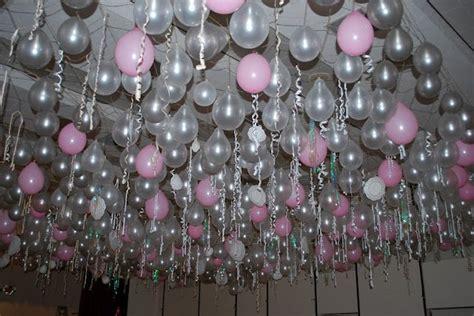 tie balloons  streamers   net hang   ceiling