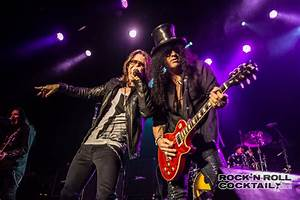 Exclusive Photos of the Surprise Slash Show at the ...