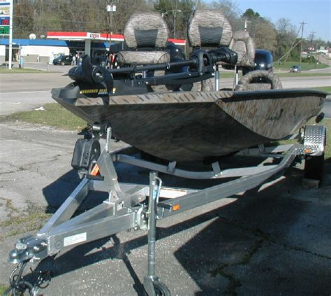 Xpress Boats Crappie by Xpress Pfc18 Crappie Bass Boat