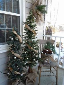 Everything, In, Between, Christmas, Front, Porch