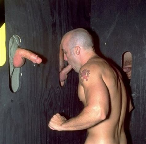 Performing Males Naked Service At The Glory Hole