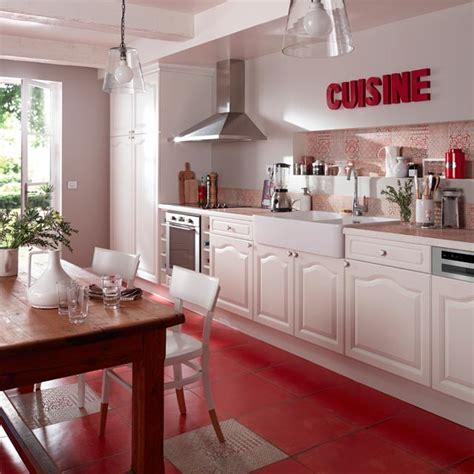 carrelage sol cuisine castorama davaus net cuisine solde avec des id 233 es int 233 ressantes pour la conception de la chambre