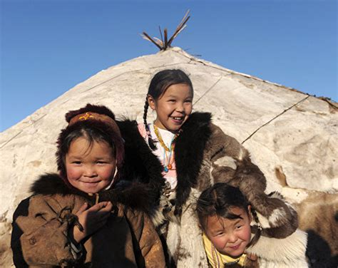 indigenous arctic ethnic groups