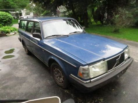 buy   blue volvo  wagon  door  longmeadow