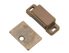 Magnetic Locks For Kitchen Cabinets by Door Latch Closet Door Latches