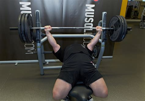 Starting Weight Bench Press by Barbell Bench Press Powerlifting Version Musqle