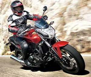 Moto Honda Automatique : honda nc 750 s 2014 fiche moto motoplanete ~ Medecine-chirurgie-esthetiques.com Avis de Voitures