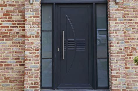 porte entree maison prix d une porte d entr 233 e en acier budget maison