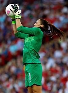 Hope Solo Photos Photos - Olympics Day 13 - Women's ...