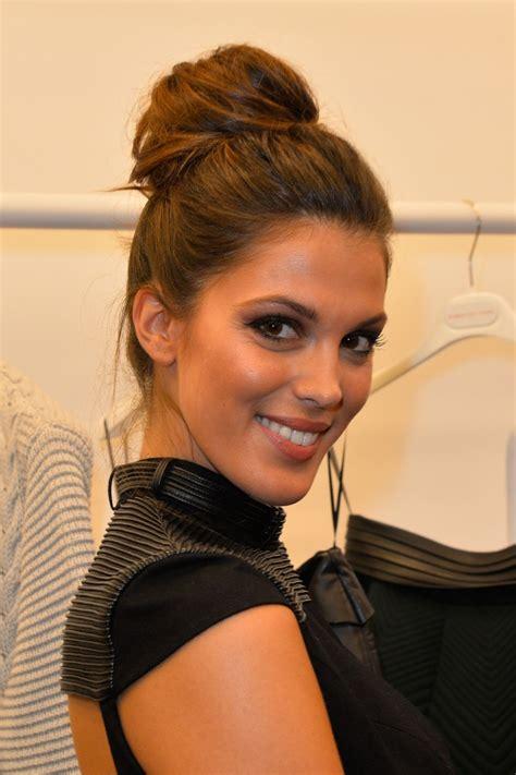 Iris Mittenaere  Les Candidates De Miss France Font Le