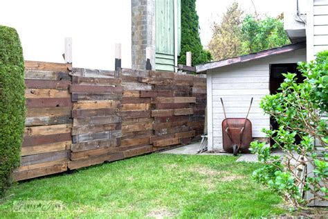 How I Built A Rustic Reclaimed Wood Garden Fencefunky Junk