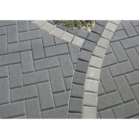 pflastersteine grau 20x10x6 endstein zu rechteck pflaster beton grau 10 cm x 10 cm x 8 cm steine f 252 r den garten tile