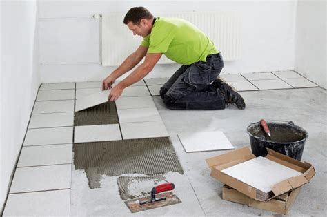 how much does a tiler cost