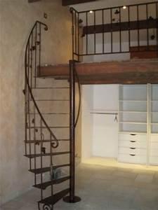 Escalier en fer pour une mezzanine Marseille Ferronnier Var 83 Ferronnerie d'Art la Reinette