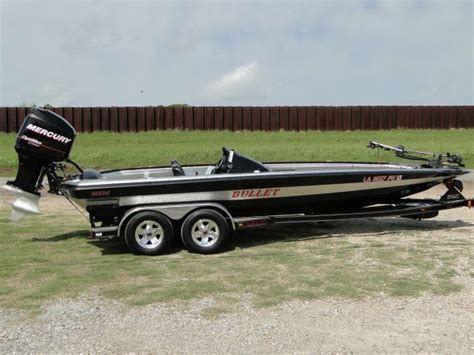 Bass Boat Central For Sale by 2006 Bass Boats 21xdc Bullet Bass Boat For Sale In