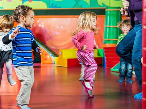 movement exercises to get your active activekids 857 | kids dancing article