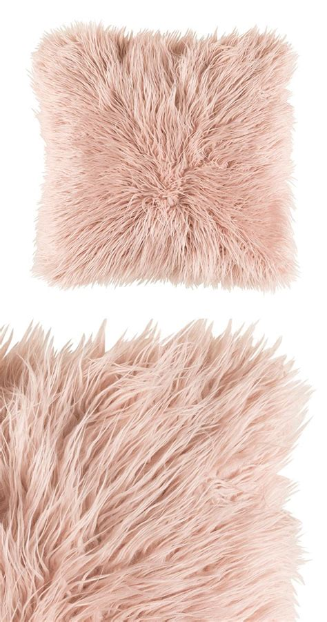 what colors are best for a bedroom this pale pink pillow would go great on the couch to tie 21192 | 7f8d4ff21192f78c6d04649e413b60d6 blush accent pillow blush accents bedroom