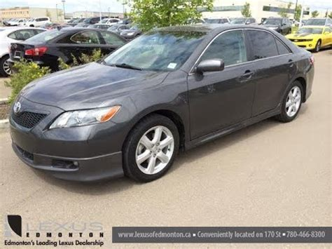 pre owned grey  black  toyota camry se leduc