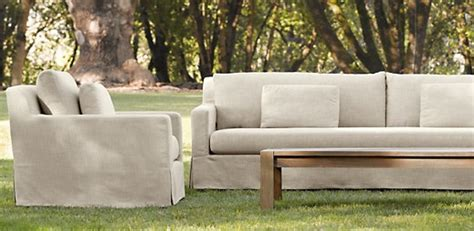 posts tagged outdoor upholstered furniture innerspace
