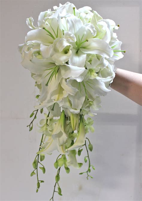 beautiful orchid wedding bouquets