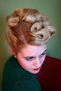 the 40's updo in 2019 | Solutions | Hair styles, Vintage ...