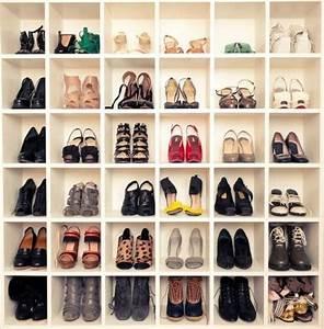 Range Chaussure Magique : range chaussures vitrine magique ~ Teatrodelosmanantiales.com Idées de Décoration