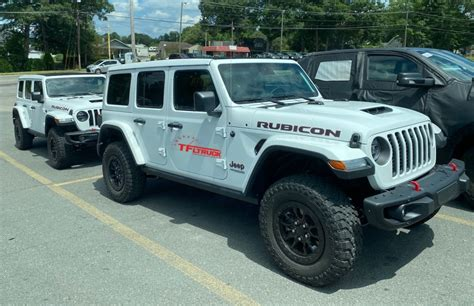 Research the 2021 jeep gladiator with our expert reviews and ratings. 2021 Gladiator 392 V8 - Jeep Challenges 2021 Ford Bronco ...