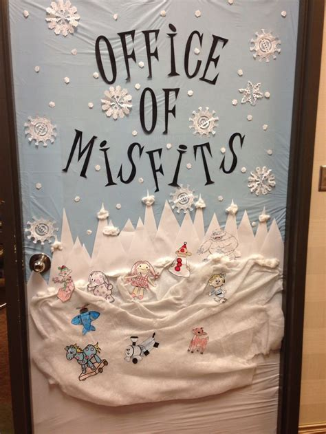 christmas decorations for the land of misfits 1000 ideas about door decorating contest on door