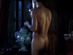 Jennifer Steyn  nackt