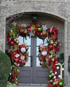 Christmas Outdoor Decorations on Pinterest