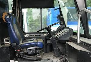 2001 Gillig Phantom Bus  Missing Parts  Doesn U2019t Run Online