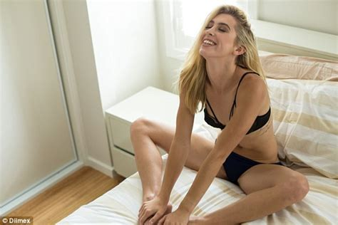 The Bachelor S Alex Nation Strips Down To Black Lace Bra And Briefs In Bed Daily Mail Online