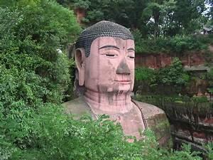 Statue Bouddha Maison Du Monde : la plus grande statue de bouddha du monde chambre237 ~ Teatrodelosmanantiales.com Idées de Décoration