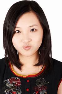 Asiatische Frauen Eigenschaften : asiatische frau mit grimasse stockbild bild von attraktiv abschlu 4094701 ~ Frokenaadalensverden.com Haus und Dekorationen
