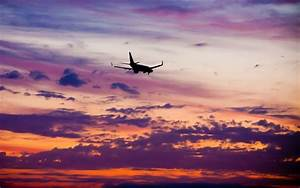 Airplane Sunset Wallpaper 07507 - Baltana