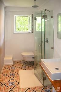 Badideen Für Kleine Bäder : die faltbare dusche ist besonders platzsparend und dadurch vor allem f r kleine b der ideal bad ~ Buech-reservation.com Haus und Dekorationen